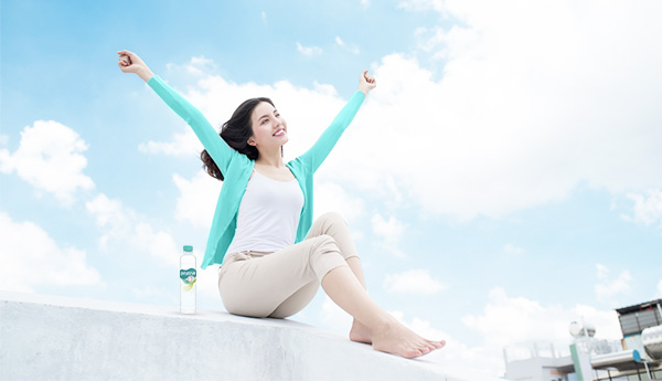 3 Manfaat Konsumsi Air Minum pH Tinggi Setelah Bangun Tidur